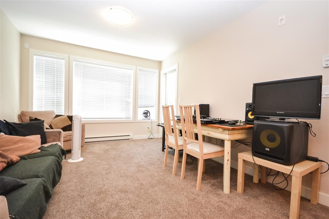 """Photo 5: Photos: 303 9422 VICTOR Street in Chilliwack: Chilliwack N Yale-Well Condo for sale in """"NEWMARK"""" : MLS®# R2279466"""