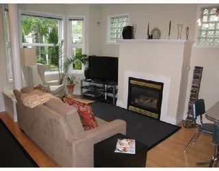 """Photo 2: 966 W 16TH Avenue in Vancouver: Cambie Condo for sale in """"WESTHAVEN"""" (Vancouver West)  : MLS®# V730484"""