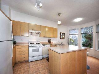 "Photo 5: 8 3711 ROBSON Court in Richmond: Terra Nova Townhouse for sale in ""TENNYSON GARDENS"" : MLS®# R2135040"