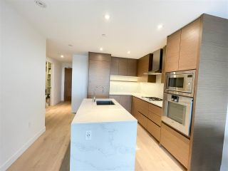 Photo 2: 301 5693 ELIZABETH Street in Vancouver: South Cambie Condo for sale (Vancouver West)  : MLS®# R2545530
