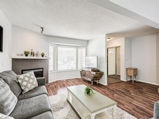 Photo 2: 45 Patina Park SW in Calgary: Patterson Row/Townhouse for sale : MLS®# A1101453