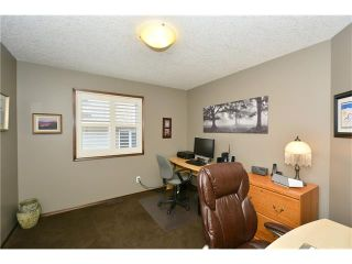 Photo 27: 14 WEST POINTE Manor: Cochrane House for sale : MLS®# C4108329
