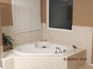 Photo 6: 6265 134TH Street in Surrey: Panorama Ridge House for sale : MLS®# F1411038