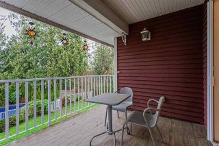 """Photo 16: 18102 CLAYTONWOOD Crescent in Surrey: Cloverdale BC House for sale in """"Claytonwoods"""" (Cloverdale)  : MLS®# R2580715"""