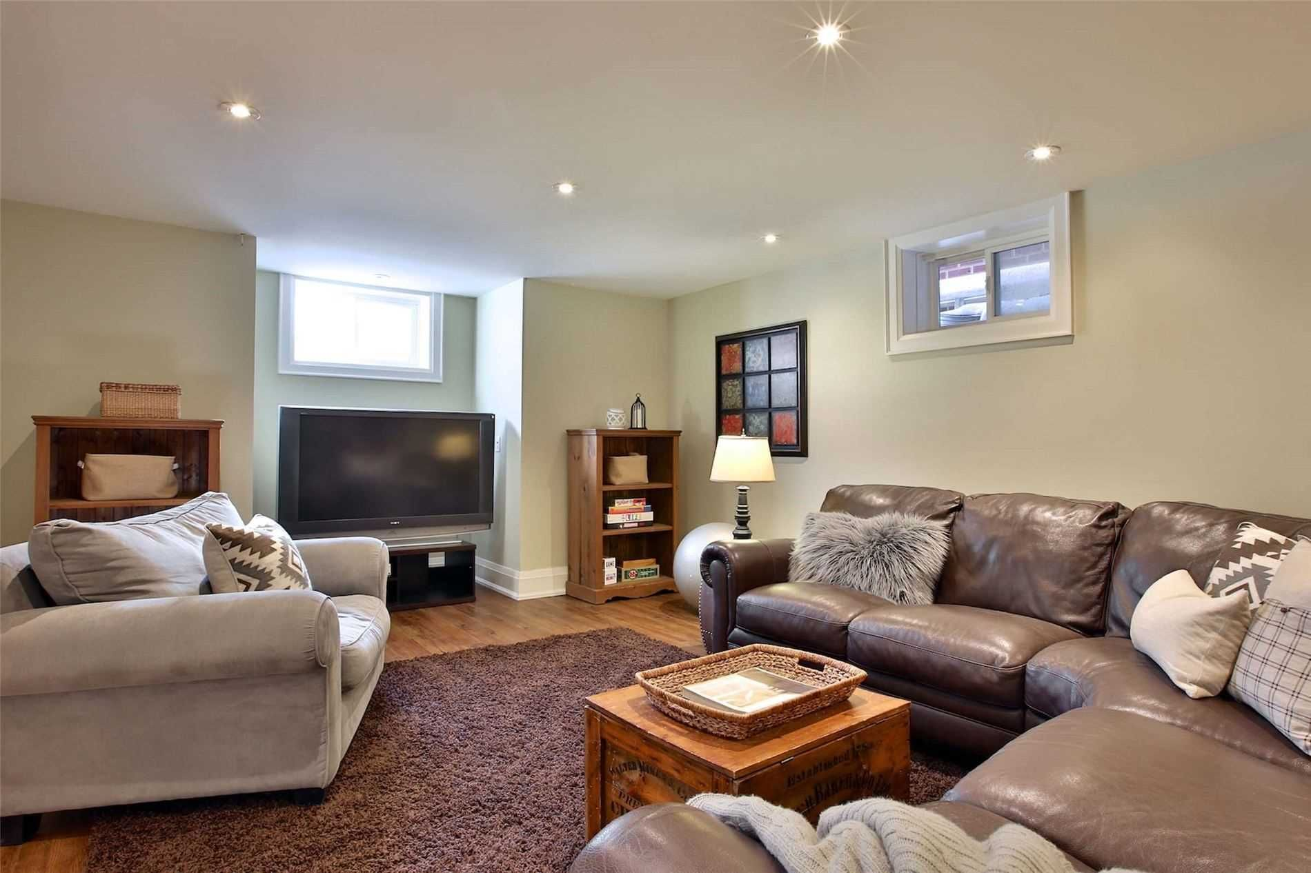 Photo 17: Photos: 181 W Glengrove Avenue in Toronto: Lawrence Park South House (2-Storey) for sale (Toronto C04)  : MLS®# C4633543