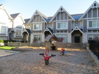 "Photo 16: 19 6588 195A Street in Surrey: Cloverdale BC Townhouse for sale in ""ZEN"" (Cloverdale)  : MLS®# R2436457"
