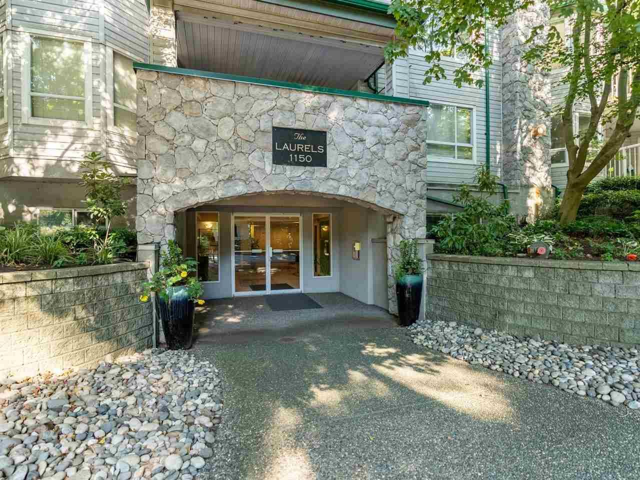 """Main Photo: 305 1150 LYNN VALLEY Road in North Vancouver: Lynn Valley Condo for sale in """"The Laurels"""" : MLS®# R2496029"""