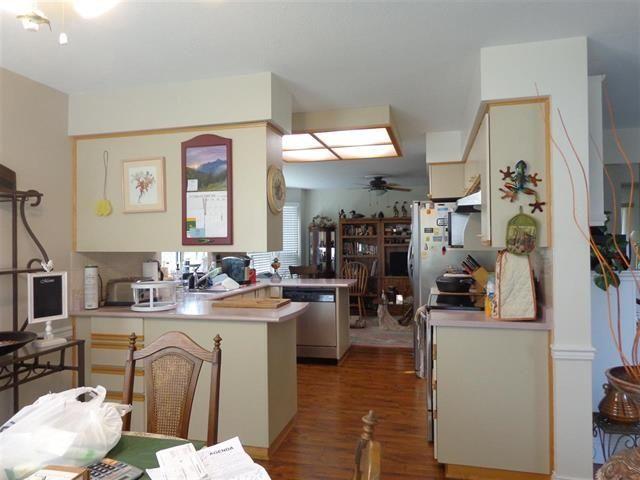 "Photo 8: Photos: 1 2901 TRAFALGAR Street in Abbotsford: Central Abbotsford Townhouse for sale in ""TRAFALGAR PARK"" : MLS®# R2462003"