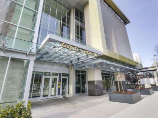"Photo 2: 907 6383 MCKAY Avenue in Burnaby: Metrotown Condo for sale in ""Gold House"" (Burnaby South)  : MLS®# R2532723"