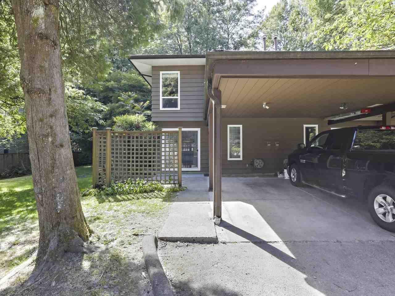 "Main Photo: 1 1140 EAGLERIDGE Drive in Coquitlam: Eagle Ridge CQ Townhouse for sale in ""Fieldridge"" : MLS®# R2378257"
