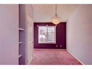 Photo 11: 15 WHITMIRE Villa(s) NE in Calgary: Whitehorn House for sale : MLS®# C4094528