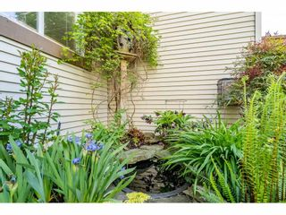 """Photo 23: 219 15991 THRIFT Avenue: White Rock Condo for sale in """"ARCADIAN"""" (South Surrey White Rock)  : MLS®# R2456477"""