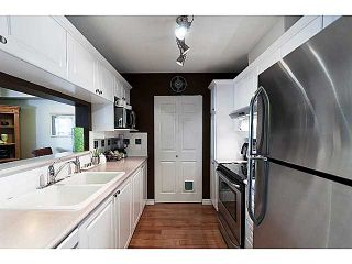 """Photo 11: 220 5500 ANDREWS Road in Richmond: Steveston South Condo for sale in """"SOUTHWATER"""" : MLS®# V1013275"""