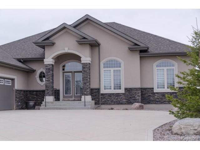 Photo 2: Photos:  in ESTPAUL: Birdshill Area Residential for sale (North East Winnipeg)  : MLS®# 1409442