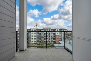 """Photo 18: 4616 2180 KELLY Avenue in Port Coquitlam: Central Pt Coquitlam Condo for sale in """"Montrose Square"""" : MLS®# R2614103"""
