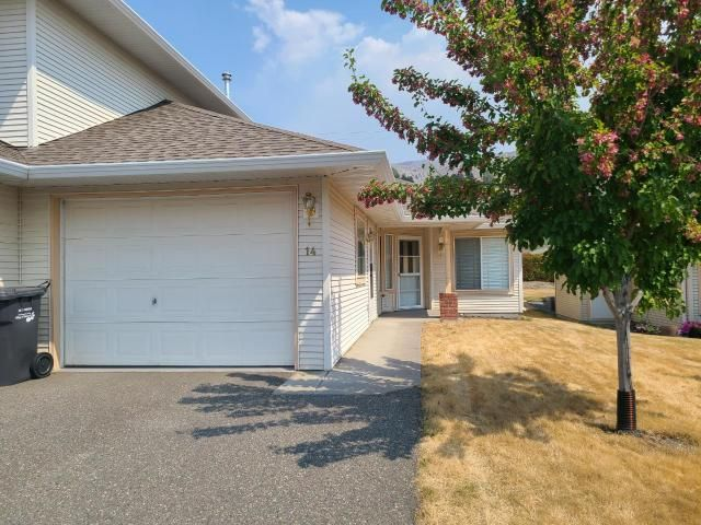 Main Photo: 14 807 RAILWAY Avenue: Ashcroft Townhouse for sale (South West)  : MLS®# 163270