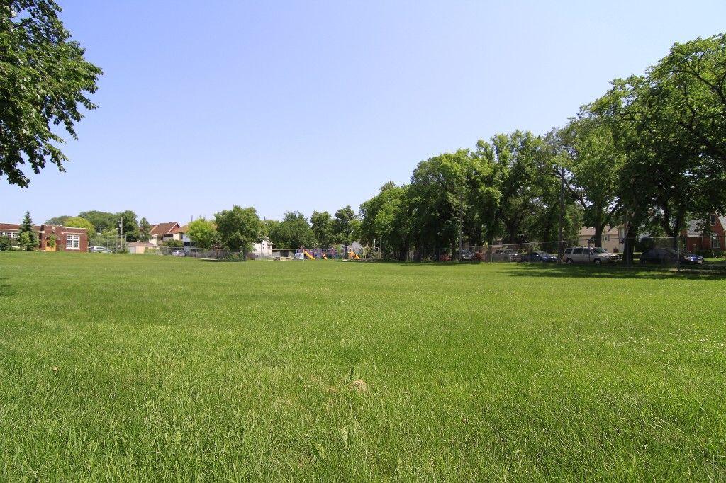 Photo 62: Photos: 470 Clifton Street in Winnipeg: Wolseley Single Family Detached for sale (West Winnipeg)  : MLS®# 1314152