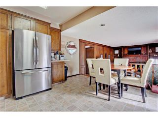 Photo 8: 545 RUNDLEVILLE Place NE in Calgary: Rundle House for sale : MLS®# C4079787