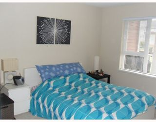 """Photo 6: 204 4783 DAWSON Street in Burnaby: Brentwood Park Condo for sale in """"COLLAGE"""" (Burnaby North)  : MLS®# V808325"""