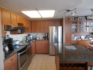 """Photo 2: 603 738 FARROW Street in Coquitlam: Coquitlam West Condo for sale in """"THE VICTORIA"""" : MLS®# R2050262"""