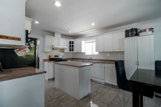 Photo 8: 6376 135A Street in Surrey: Panorama Ridge House for sale : MLS®# R2581930