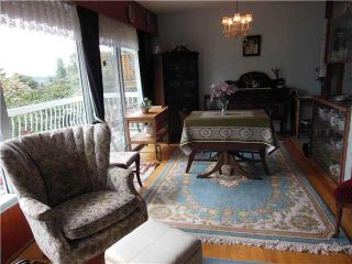 """Photo 7: 1167 CLOVERLEY Street in NORTH VANC: Calverhall House for sale in """"CALVERHALL"""" (North Vancouver)  : MLS®# V1142638"""