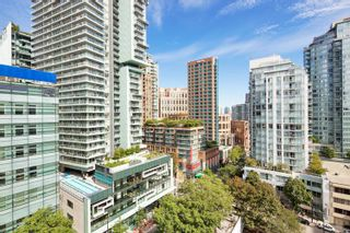 """Photo 4: 1108 822 SEYMOUR Street in Vancouver: Downtown VW Condo for sale in """"L'ARIA"""" (Vancouver West)  : MLS®# R2393856"""