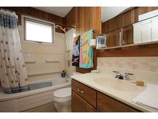 Photo 10: 207 PINECLIFF Way NE in CALGARY: Pineridge Residential Detached Single Family for sale (Calgary)  : MLS®# C3635652