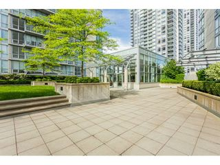 Photo 2: 710 13688 100 AVENUE in Surrey: Whalley Condo for sale (North Surrey)  : MLS®# R2483036