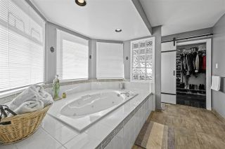 Photo 15: 2618 SANDSTONE Crescent in Coquitlam: Westwood Plateau House for sale : MLS®# R2530730