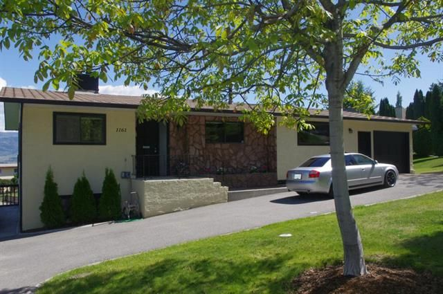 Main Photo: 1161 West Trevor Drive in West Kelowna: Lakeview Heights House for sale : MLS®# 10082508