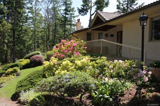 Photo 5: 5802 Pirates Rd in Pender Island: GI Pender Island House for sale (Gulf Islands)  : MLS®# 844907