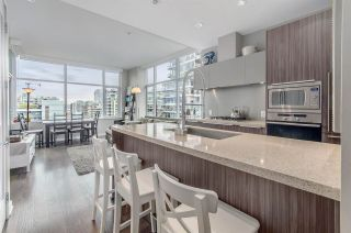 """Photo 6: 1004 181 W 1ST Avenue in Vancouver: False Creek Condo for sale in """"MILLENIUM WATERS"""" (Vancouver West)  : MLS®# R2053055"""