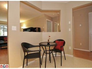 """Photo 3: 105 10186 155TH Street in Surrey: Guildford Condo for sale in """"SOMMERSET"""" (North Surrey)  : MLS®# F1210204"""