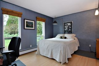 """Photo 11: 22941 78 Avenue in Langley: Fort Langley House for sale in """"Forest Knolls"""" : MLS®# R2249959"""