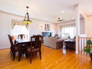 Photo 5: 5758 BURNS Place in Burnaby: Upper Deer Lake House for sale (Burnaby South)  : MLS®# R2618055