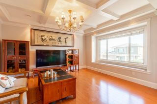 Photo 10: 3808 CARDIFF Place in Burnaby: Central Park BS House for sale (Burnaby South)  : MLS®# R2619858