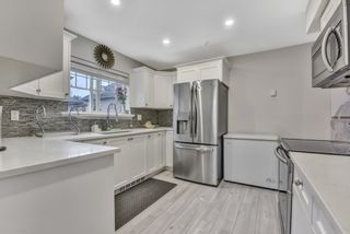 """Photo 3: 208 1567 GRANT Avenue in Port Coquitlam: Glenwood PQ Townhouse for sale in """"THE GRANT"""" : MLS®# R2557792"""