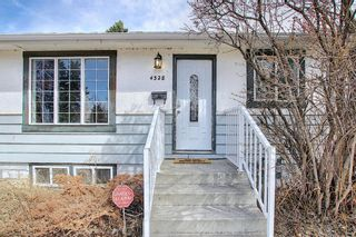 Photo 2: 4328 70 Street NW in Calgary: Bowness Detached for sale : MLS®# A1093003