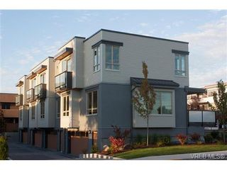 Photo 18: Fee Simple Townhome in Sidney By The Sea
