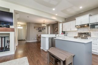 """Photo 4: 15157 61 Avenue in Surrey: Sullivan Station House for sale in """"Olivers lane"""" : MLS®# R2264526"""