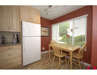 """Photo 3: 61 9386 128TH Street in Surrey: Queen Mary Park Surrey Townhouse for sale in """"Surrey Meadows"""" : MLS®# F2819462"""