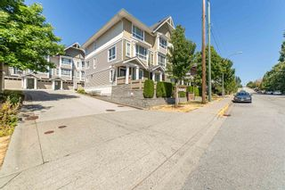 Photo 5: 2 20159 68 Avenue in Langley: Willoughby Heights Townhouse for sale : MLS®# R2605698