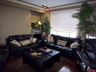 "Photo 2: 104 9000 BIRCH Street in Chilliwack: Chilliwack W Young-Well Condo for sale in ""THE BIRCH"" : MLS®# H1001093"
