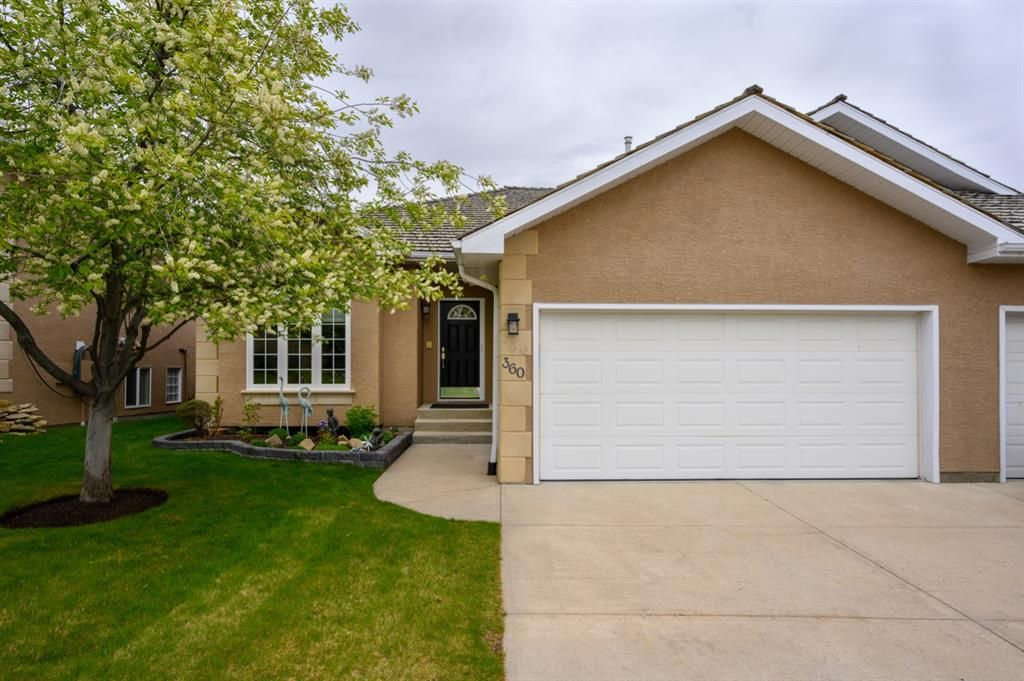 Main Photo: 360 Signature Court SW in Calgary: Signal Hill Semi Detached for sale : MLS®# A1112675