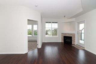 "Photo 6: 404 20200 56 Avenue in Langley: Langley City Condo for sale in ""The Bentley"" : MLS®# R2116212"
