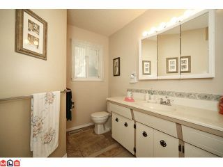 Photo 7: 2264 OTTER Street in Abbotsford: Abbotsford West House for sale : MLS®# F1025544