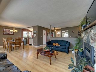 """Photo 8: 6345 ORACLE Road in Sechelt: Sechelt District House for sale in """"West Sechelt"""" (Sunshine Coast)  : MLS®# R2468248"""