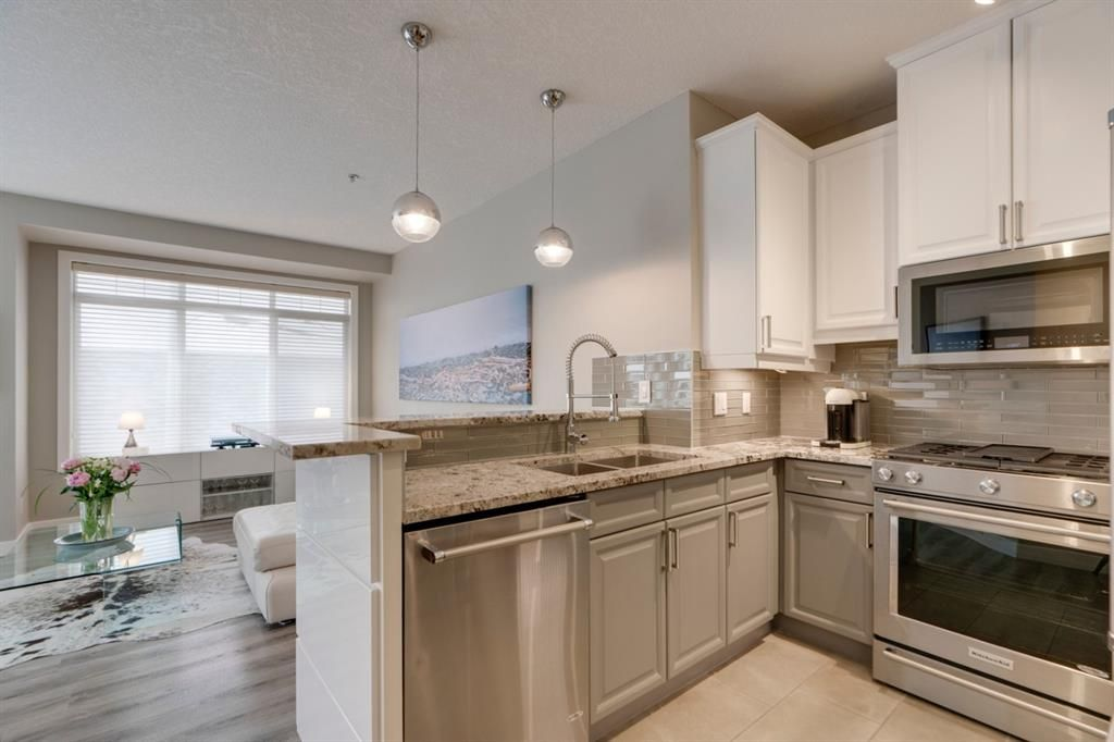 Main Photo: 112 923 15 Avenue SW in Calgary: Beltline Apartment for sale : MLS®# A1145446