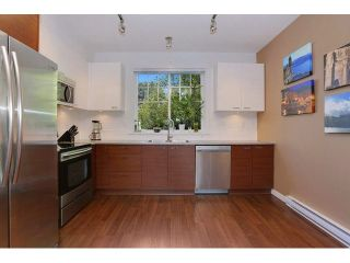 Photo 8: 3022 2655 BEDFORD Street in Port Coquitlam: Central Pt Coquitlam Townhouse for sale : MLS®# V1136991